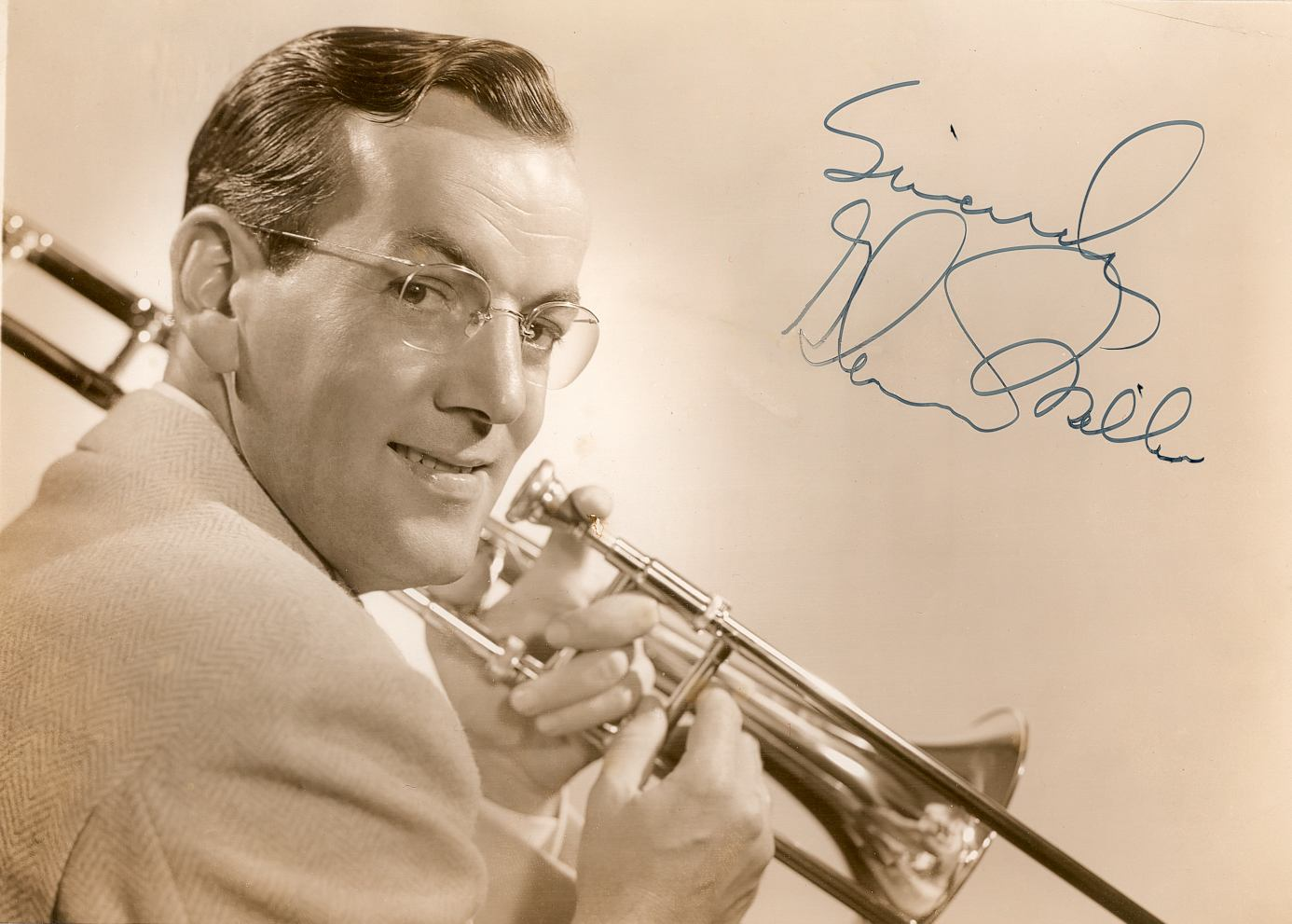 Tommy Dorsey And His Orchestra - You're Breaking My Heart All Over Again - Shadows on the Sand